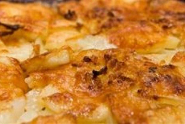 Картофель с грибами и соусом «Бешамель»