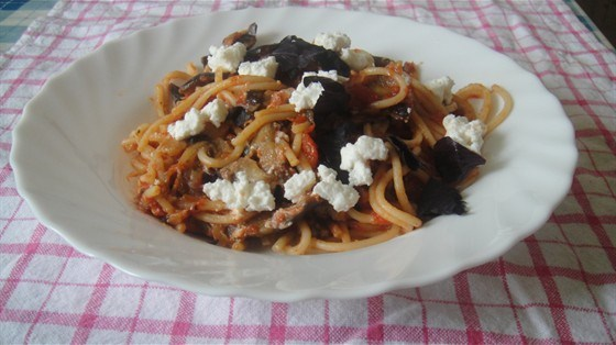 Спагетти алла норма