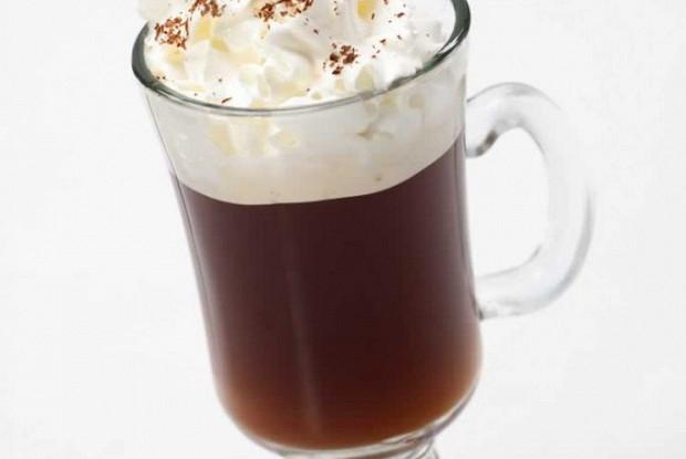 Кофе по-ирландски с горьким шоколадом