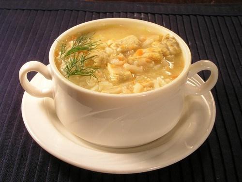 Куриный суп с рисом и укропом