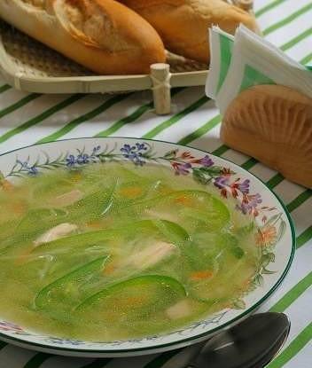 Зеленый овощной суп