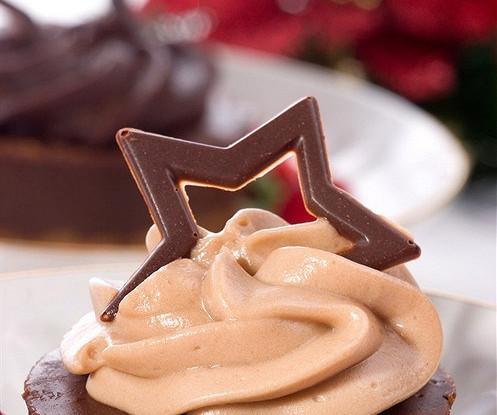 Шоколадный чизкейк с фундуком