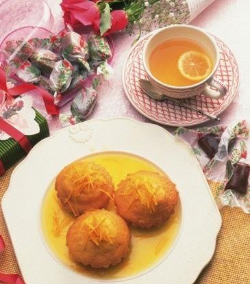 Лимонные кексы в сиропе с базиликом