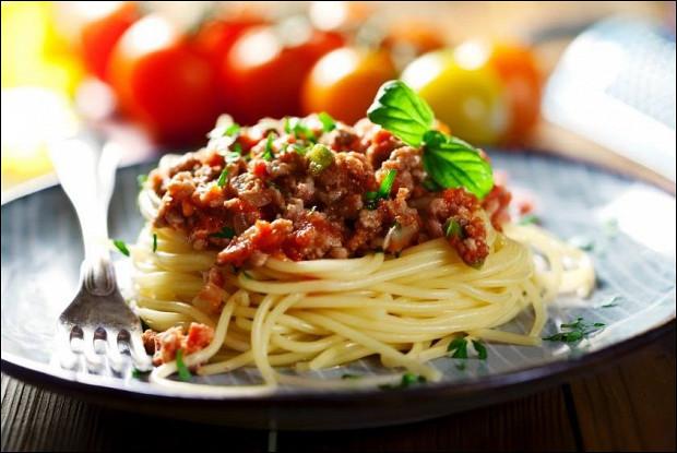 Спагетти Болоньезе с телятиной