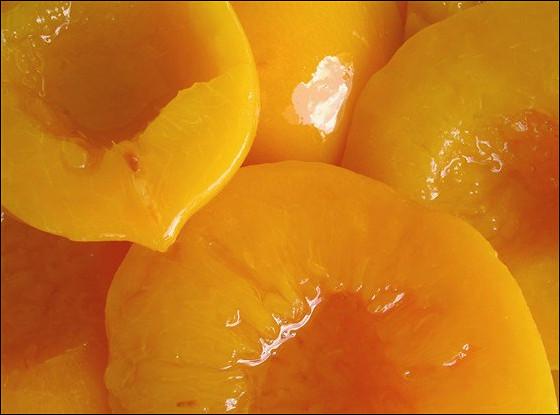 Компот из свежих персиков