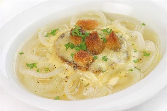 Луковый суп с пармезаном