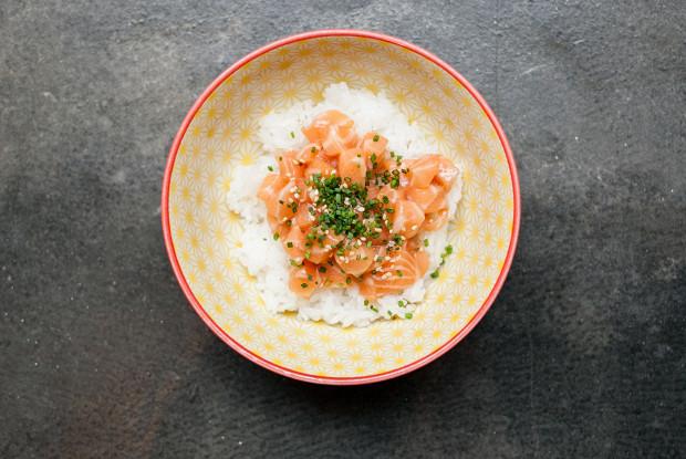 Как приготовить лосось в духовке по рецепту с фото | 415x620