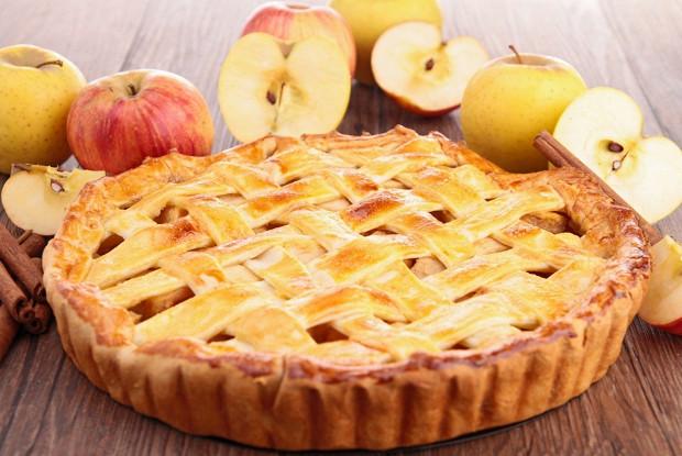 Французский яблочный тарт с корицей