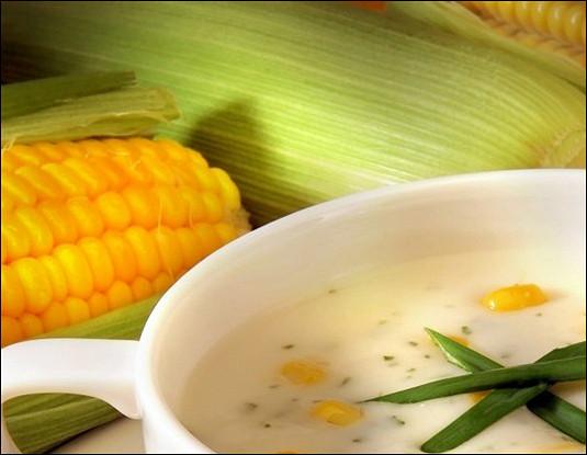 Холодный суп из кукурузы с яйцами