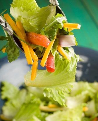 Салат с маринованным салатом пак-чой