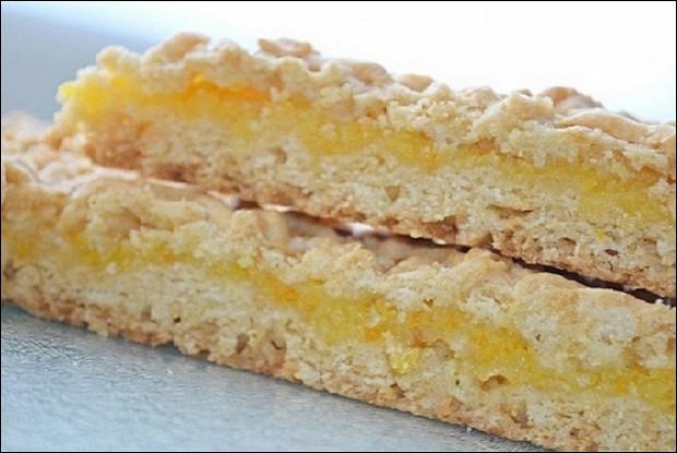 Пирог тертый диетический с апельсиновой начинкой