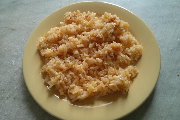 Рис жареный с морковью и луком