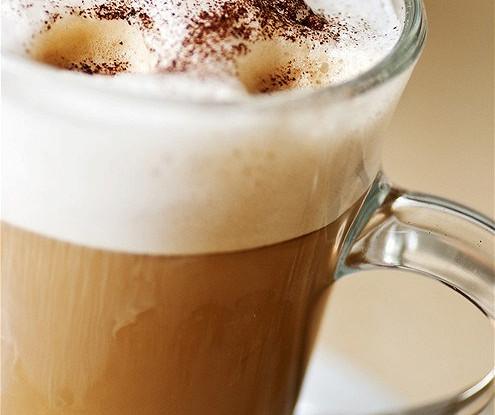 Кофейный грог со сливками, пряностями и цедрой апельсина