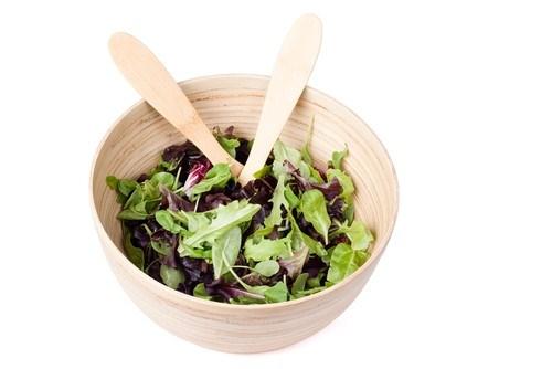Легкий салат с горчичной заправкой