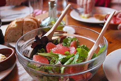 Салат с мятно-цитрусовой заправкой