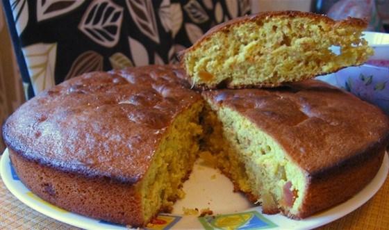 Пряный пирог с цукатами