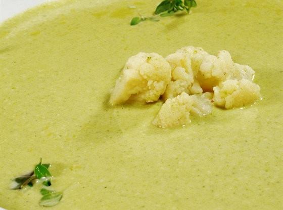 Суп-пюре из цветной капусты и картофеля