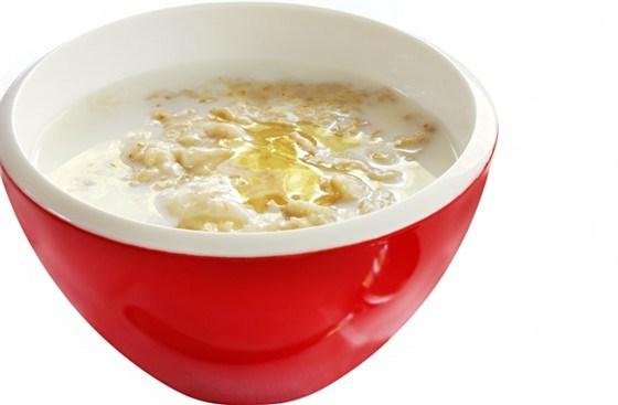 Суп овсяный протертый, на молоке с яйцом