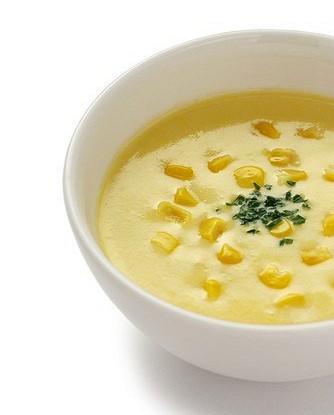 Ямайский кукурузно-гороховый острый суп со специями