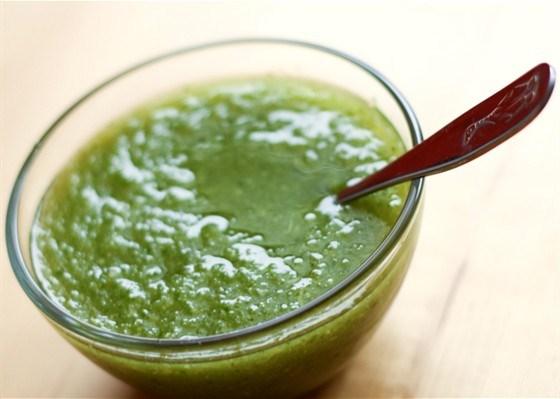 Зеленый сельдерейный суп-пюре