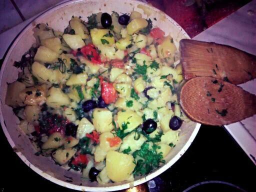 Тушеная картошка по-гречески