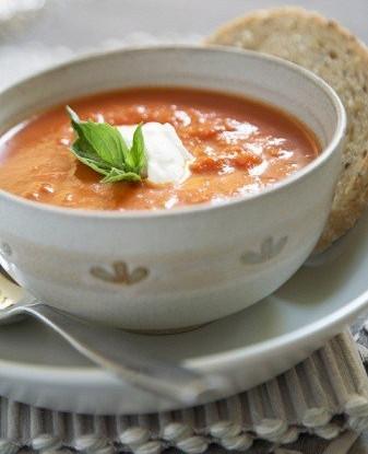 Томатный крем-суп с нутом и кумином