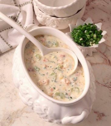 Сливочный суп из устриц с ржаным хлебом