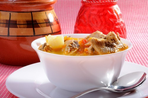 Суп из копченой пикши с молодым картофелем и шафраном