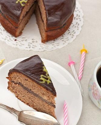 Торт из ржаных сухарей с шоколадным кремом