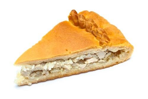 Пирог с рисом и мясом цыпленка в микроволновой печи