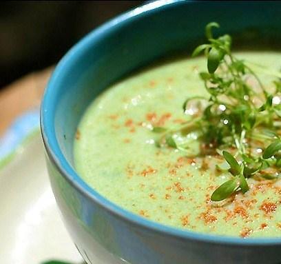 Суп с цукини и сыром