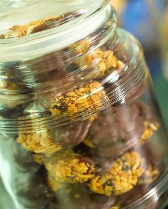 Печенье с вишней и имбирем в шоколаде (Florentines)