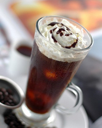 Кофе Фарисей с ромом и взбитыми сливками