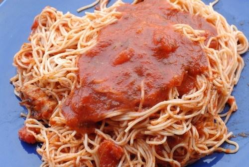 Капеллини с пряным водочным соусом