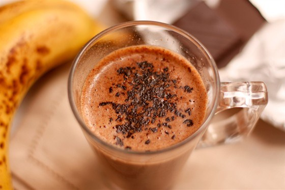 Бананово-шоколадный милкшейк