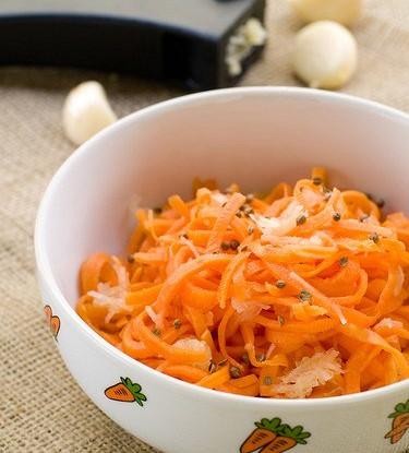 Морковный салат с кумином