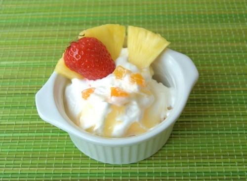 Ананасовое йогуртовое мороженое с ромом