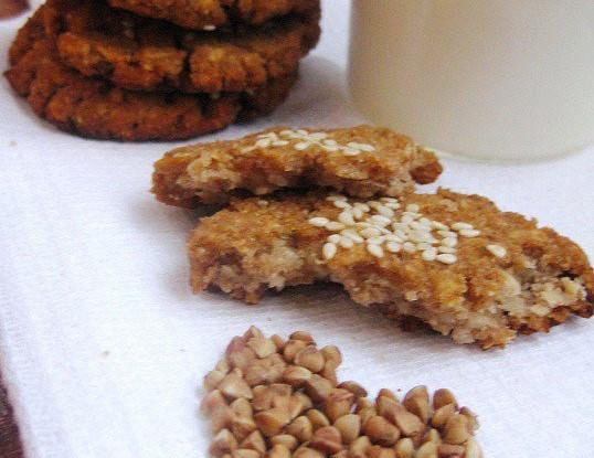 Диетическое печенье из гречневой муки