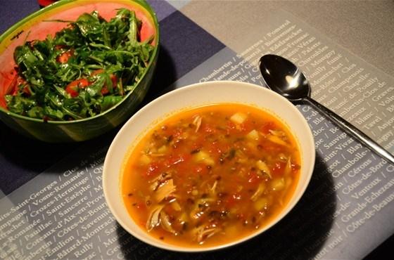 Суп с чечевицей и томатами