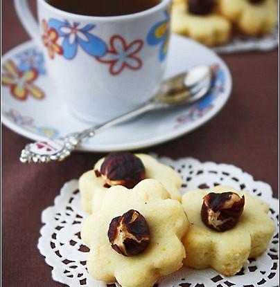 Лимонное печенье с фундуком
