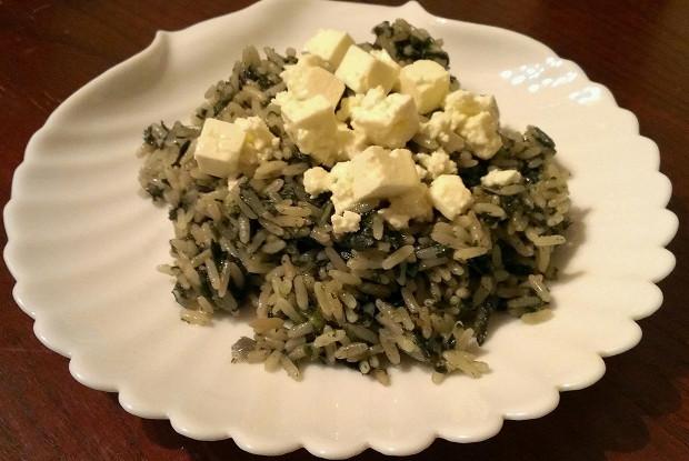 Греческая рисовая каша  «Spanakorizo» со шпинатом и сыром фета