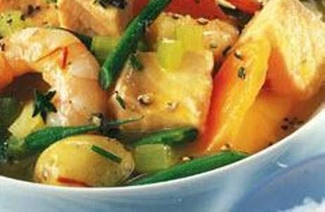Суп с морепродуктами и шафраном