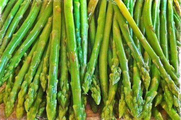 Суп-пюре из мелкой зеленой спаржи