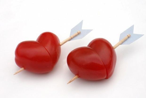 Сердечки из помидоров