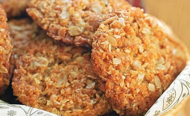 Овсяно-творожное печенье с миндальной крошко