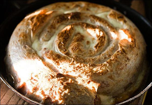 Пирог из лаваша с мясной начинкой