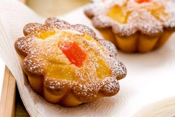Кокосовые кексы с ананасом и папайей