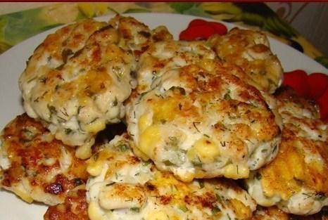 Куриные котлеты с сыром и петрушкой