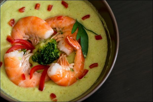 Крем-суп из кабачков с креветками