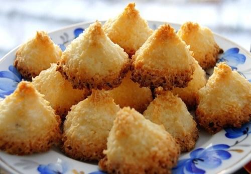 Кокосовые конфеты из стружки «Пирамидки»